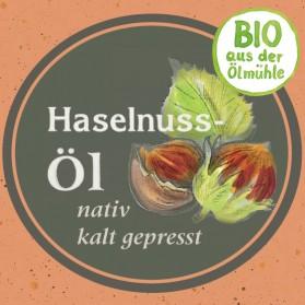 Haselnussöl Bio-Qualität und wohlschmeckend