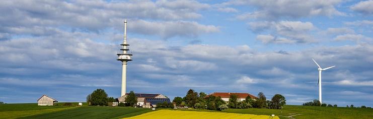 Hof und Landschaft Oelmuehle Garting